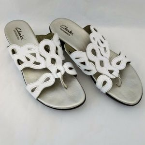 Clarks Bendables 9M Sandals White Leather Thong